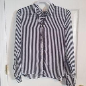 Black & white button-up blouse